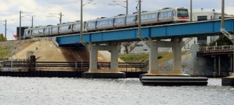 Fremantle bridge underwater maintenance contract awarded