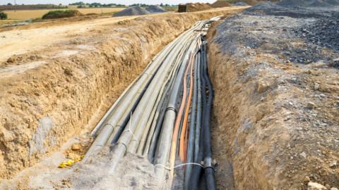 Plan for undergrounding power on track