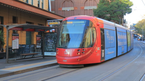 Sydney Light Rail completes first daytime run