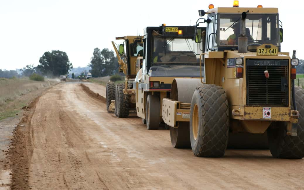 PolyCom Stabilising Aid re-sheeting unsealed roads