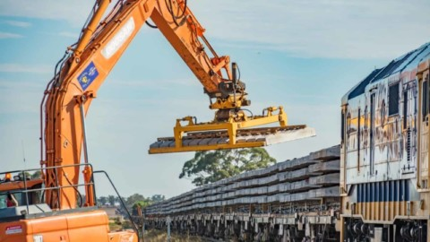 Government calls for EOIs for Inland Rail business cases