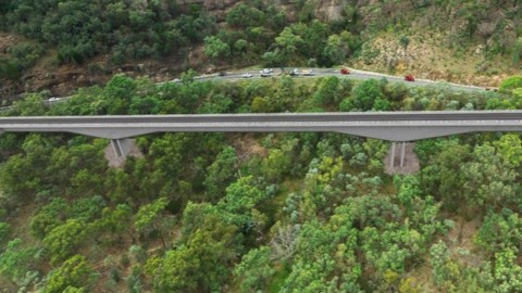 New England Highway upgrade construction continues at Bolivia Hill