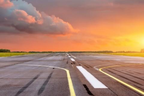Work ramps up on Sunshine Coast's new runway