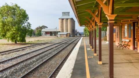 $1.5 billion Country Regional Network operations contract awarded
