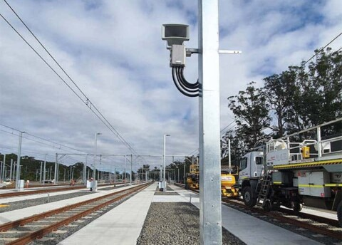 New ground based warning system for rail